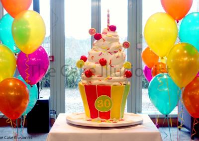 Giant Cupcake LR