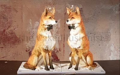 Elegant Foxes Wedding Cake